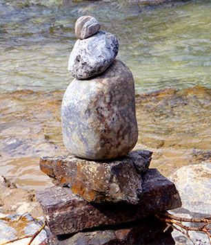 stenen-essensa-306x354px